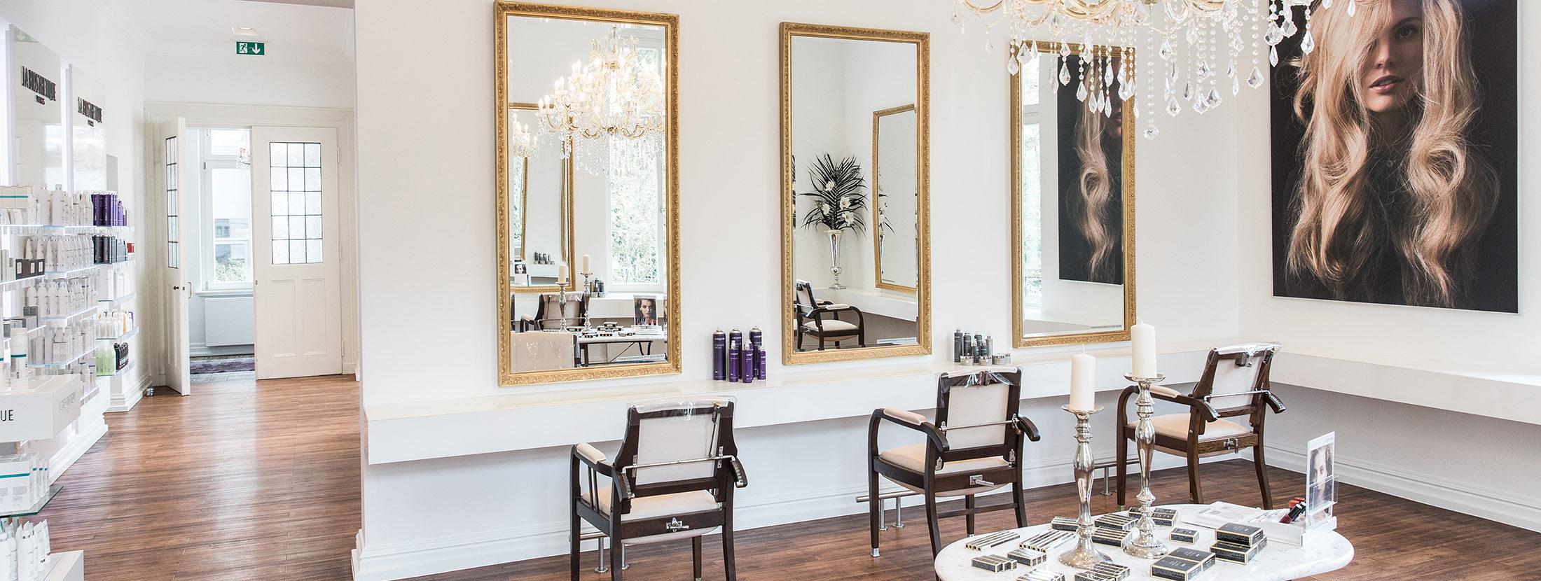 Einblick in den Haupt-Salonraum